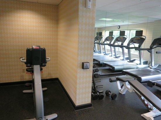 Courtyard Nashua: Exercise Room