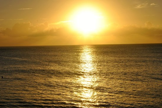 Merlin Bay Villas: Sunset at Merlin Bay