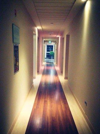 Blu Arena Hotel : Corridoio
