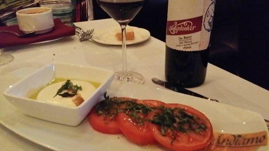 Briscola Restaurant: Caprese Salad