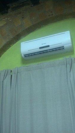 Big Hostel Brasil: Central de ar condicionado