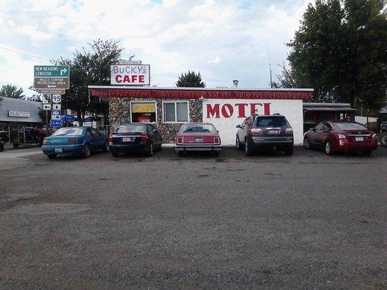 Bucky's Cafe & Motel: Cafe