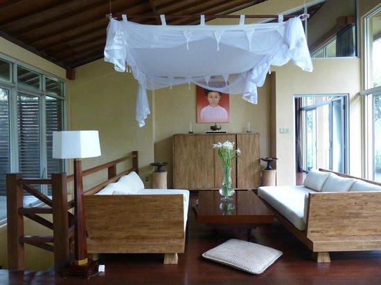 Villa Kalisha: living room