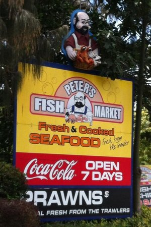 Peter's Fish Market: outside view