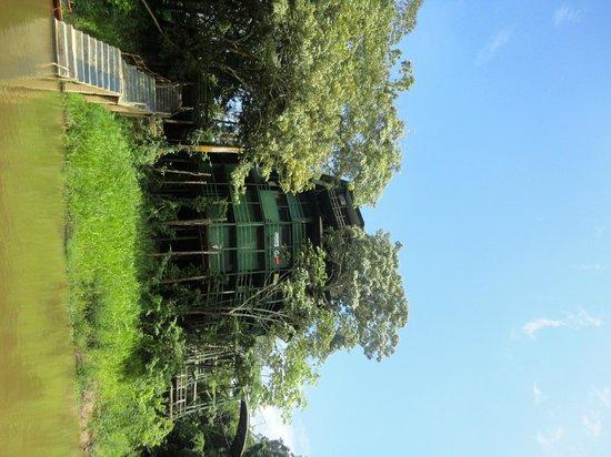 Ariau Amazon Towers Hotel: Visão do hotel na chegada