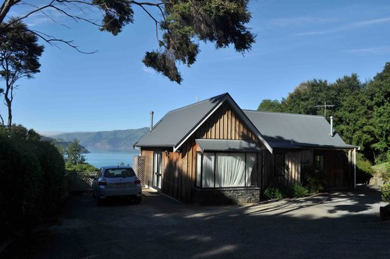 Akaroa Cottages - Heritage Collection: Rohan cottage