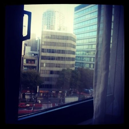 Sakura Fleur Aoyama: window view