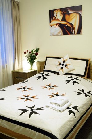 Olimpia Hotel: Apartament