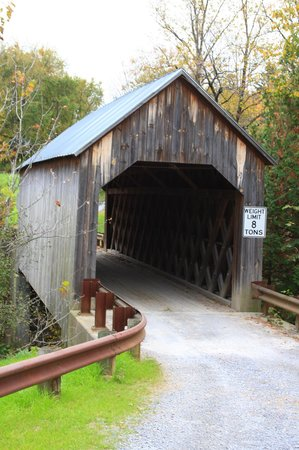 ‪Halpin Covered Bridge‬
