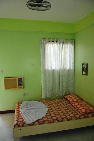 Myra and Medelaine's Place: room