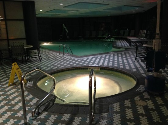 Crowne Plaza Auburn Hills Pool With Hot Tub And Sauna