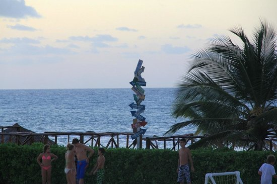 Grand Palladium Jamaica Resort & Spa: walk around