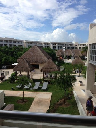 Paradisus Playa Del Carmen La Esmeralda: The view from our first room 3110  (family concierge building)