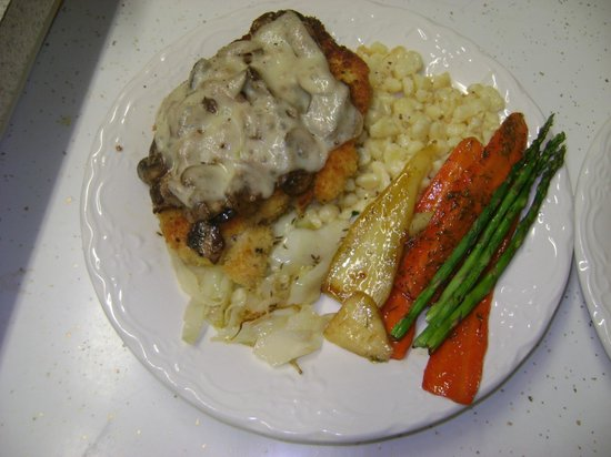 """The Thorndyke Dining Room: The """"don't you dare take it off the menu!"""" Mushroom Chicken Schnitzel!!"""