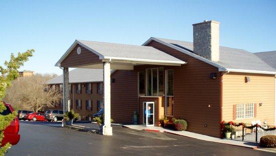 Scenic Hills Inn: front door