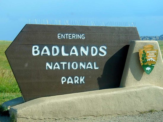 Loop Road: Entrance Sign