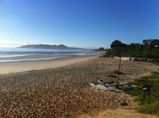 Belongil Beach: Early morning heading into Byron