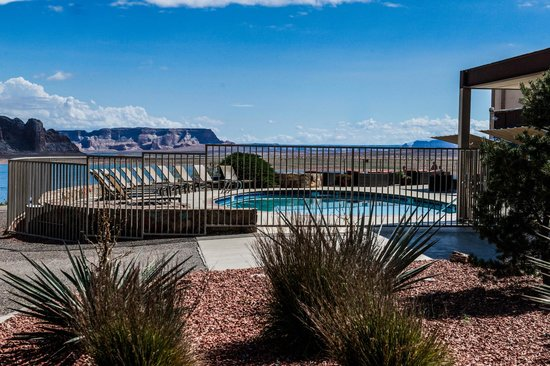 View From The Pool Picture Of Lake Powell Resort Page