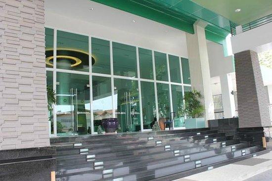 Tamarind Garden Hotel : Main Entrance