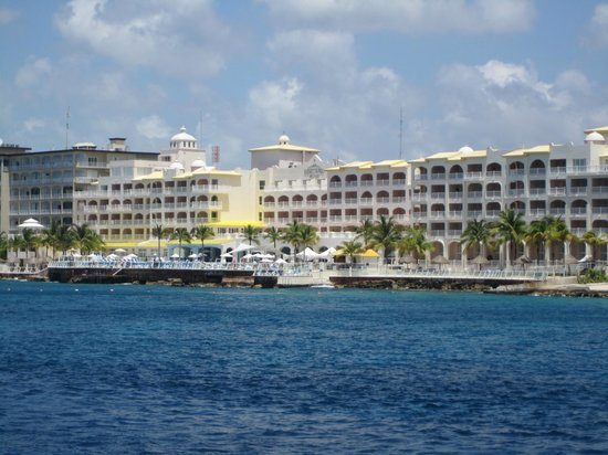 Cozumel Palace: view from the Caribbean
