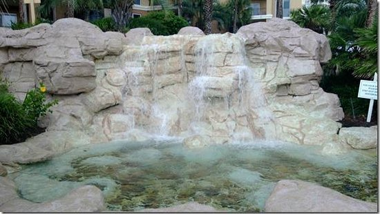 Sandestin Golf and Beach Resort : Westwinds fountain