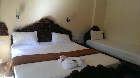 Mayflower Beach Resort: Room