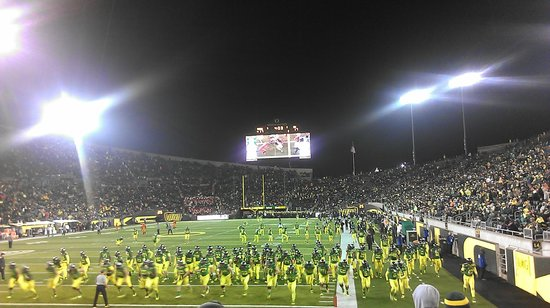 University of Oregon: Autzen