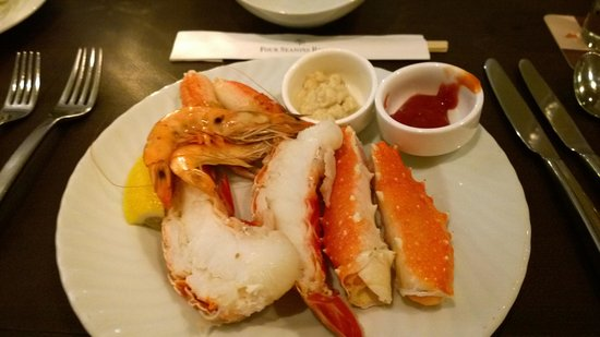 Duo Steak & Seafood : Lobster Tail and King Crab Legs