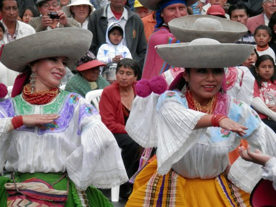 Quito Historical Old Town Tour: Folklore