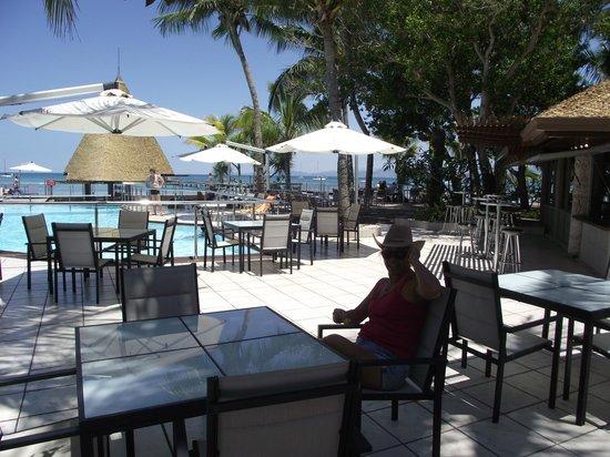 L'Escapade Island Resort: espace piscine