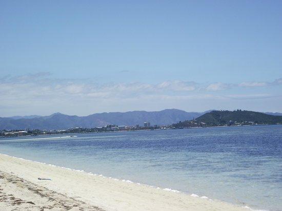L'Escapade Island Resort: vue sur Nouméa