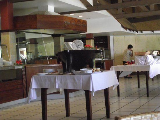 L'Escapade Island Resort: salle restaurant