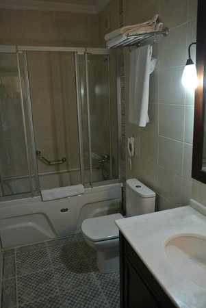 Asmali Hotel: Ванная комната