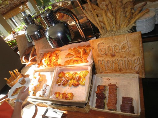 Maya Ubud Resort & Spa: breakfast