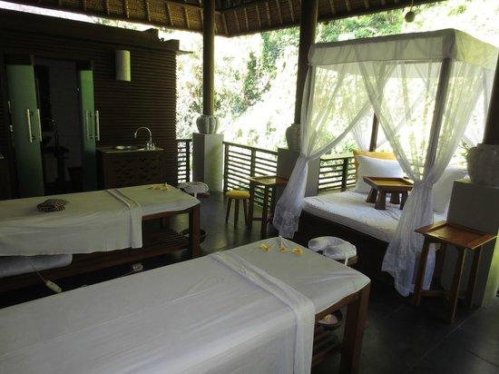 Maya Ubud Resort & Spa: private spa room
