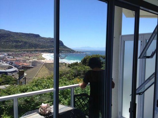 Whale Watchers Luxury Self-Catering Accommodation : View from balcony only