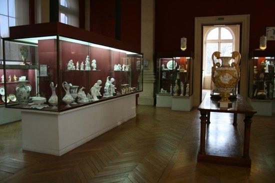 Musée national de céramique de Sèvres : Inside the Museum