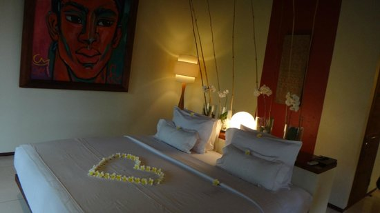 Qunci Villas Hotel: Lovely room