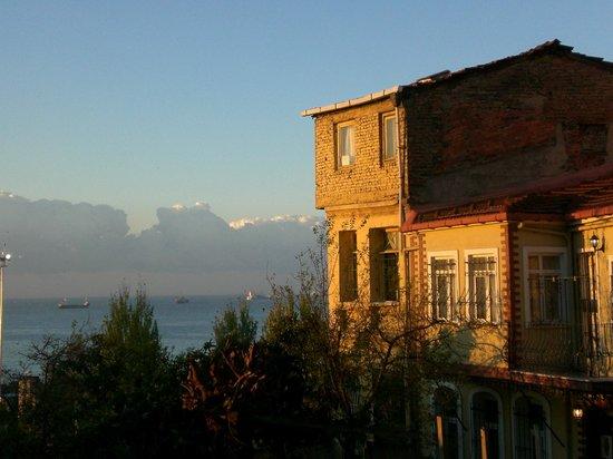 Berce Hotel: Вид из окна