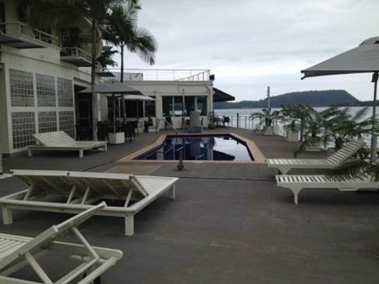 Chantilly's on the Bay : Pool Area