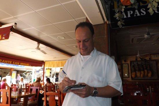 La Taberna de San Miguel : just one of staff