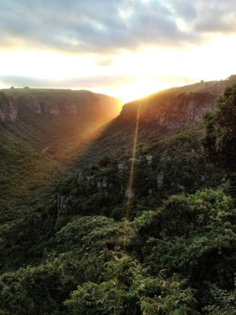 The Gorge Private Game Lodge & Spa: Amazing sunsets!