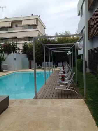 Brasil Suites Hotel Apartments: the pool