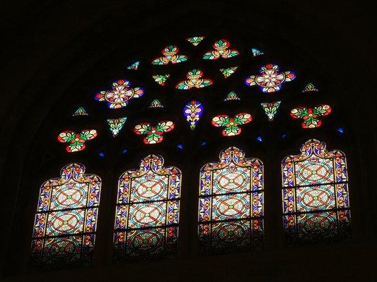 Catedral de Santiago ビルバオ旧市街の教会 ステンドグラス