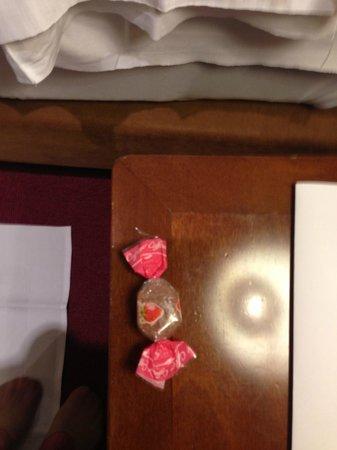 Hotel Nazionale : Конфетка на ночь, заботливо оставленная персоналом