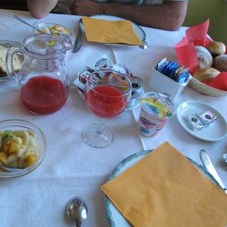 Villa Belvedere: petit déjeuner