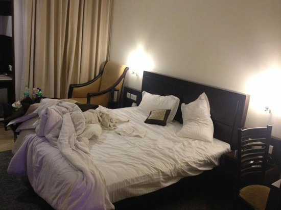 Hotel Taj Resorts: Bed was comfortable