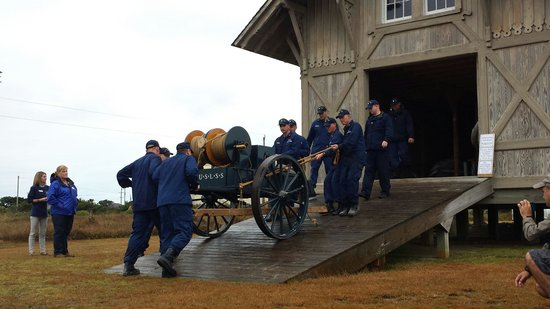 Chicamacomico Life-Saving Station Historic Site & Museum: Rolling out the rescue cart
