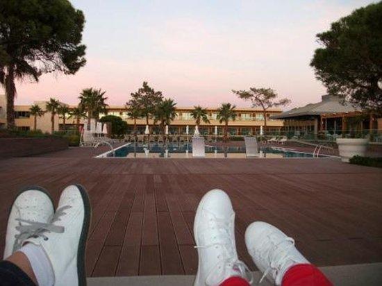 EPIC SANA Algarve Hotel : vistas desde la cama balinesa