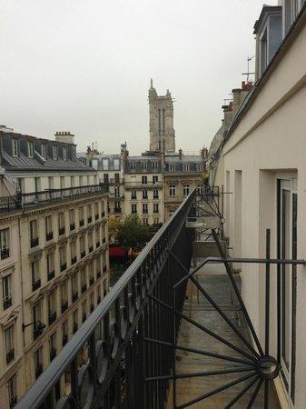 Hotel Louvre Rivoli: балкончики